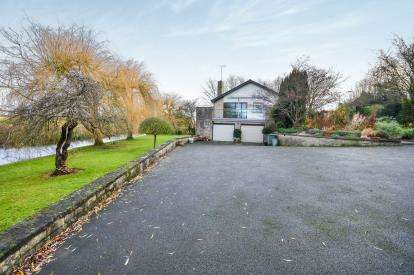5 Bedrooms Detached House for sale in Cresswell Road, Cuckney, Mansfield, Nottinghamshire