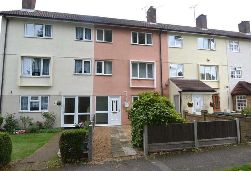 4 Bedrooms Town House for sale in Norwood End, Basildon, Essex, SS14