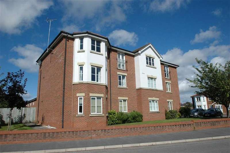 2 Bedrooms Apartment Flat for sale in Rhuddlan Court, Saltney, Chester