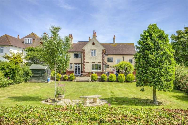 7 Bedrooms Detached House for sale in Westdown Road, Seaford
