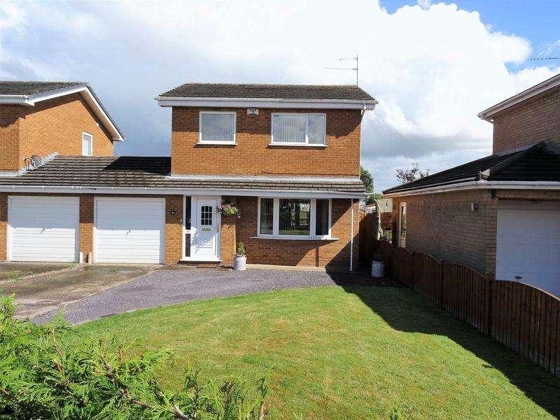 3 Bedrooms Link Detached House for sale in Fairoaks Crescent, Wrexham