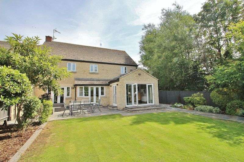 5 Bedrooms Property for sale in Millers Mews, Witney
