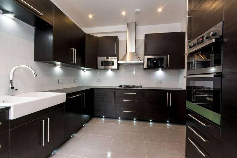 4 Bedrooms Terraced House for sale in Litchfield Gardens, London NW10