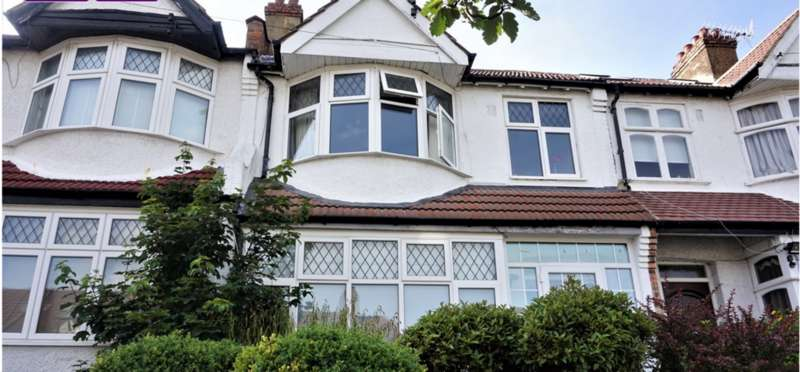 3 Bedrooms Terraced House for sale in Falkland Park Avenue, London SE25