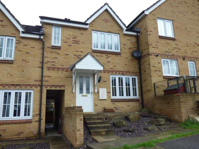 3 Bedrooms House for sale in Bescot Way, Shipley, Bradford, BD18 1QA