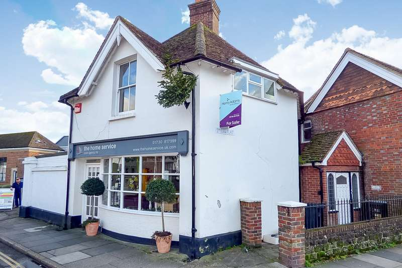 1 Bedroom Flat for sale in Mint Market, Grange Road, Midhurst, GU29