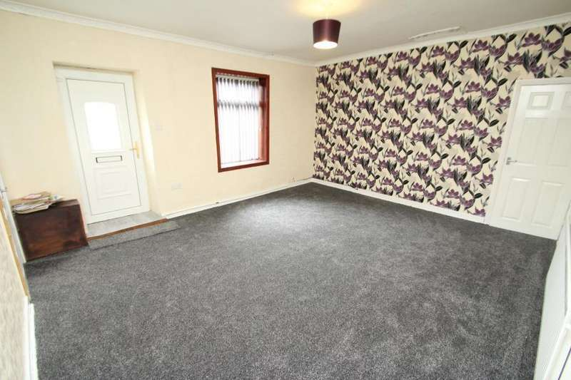 2 Bedrooms Apartment Flat for rent in HOLME LANE, BRADFORD, BD4 0QA