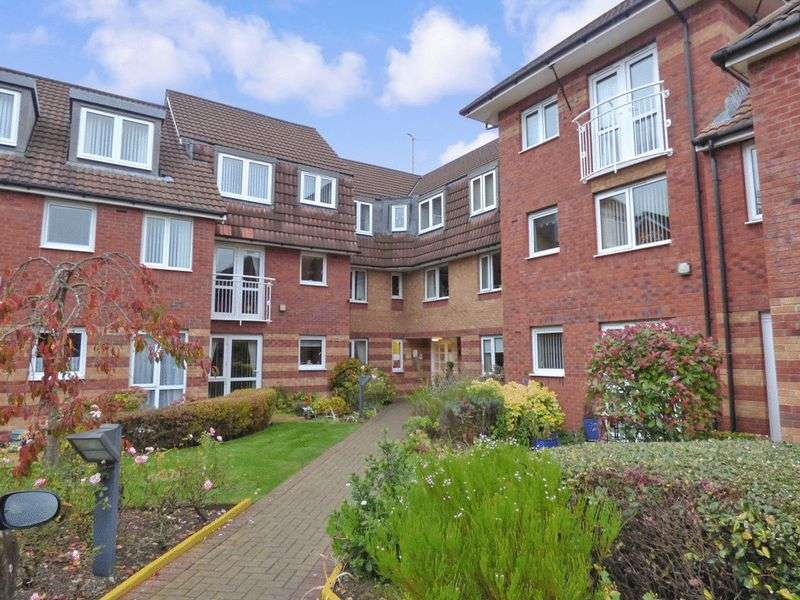 2 Bedrooms Property for sale in Greenways Court, Bromborough, CH62 6BF