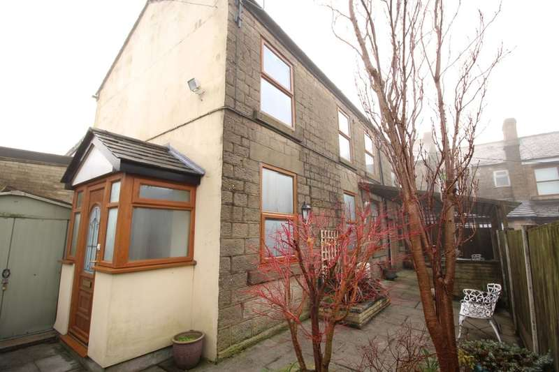 3 Bedrooms Semi Detached House for sale in Albert Street, Hadfield, Glossop, SK13