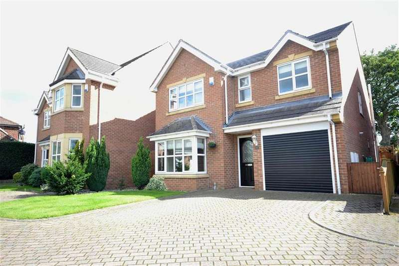 4 Bedrooms Detached House for sale in Ringway, Garforth, Leeds, LS25
