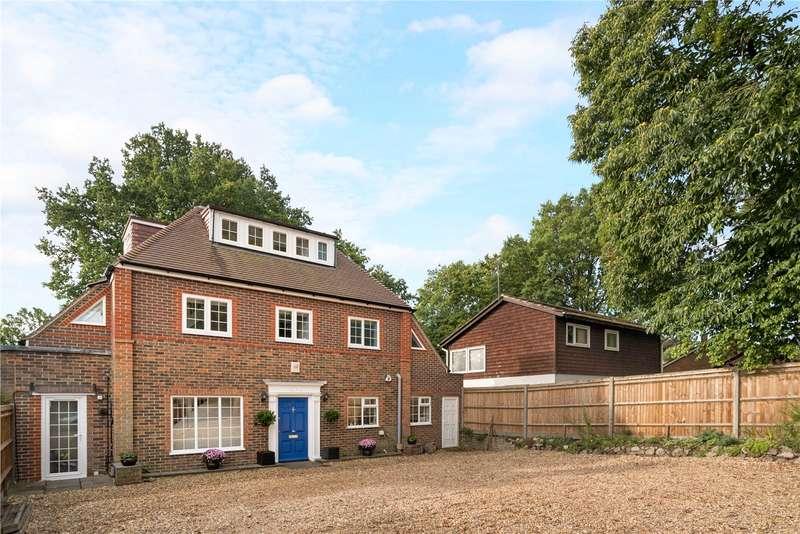 5 Bedrooms Detached House for sale in Alma Lane, Farnham, Surrey, GU9