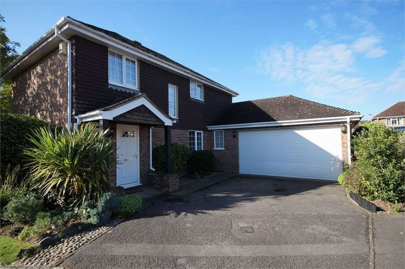 4 Bedrooms Detached House for sale in Hambledon Close, Lower Earley, READING, Berkshire