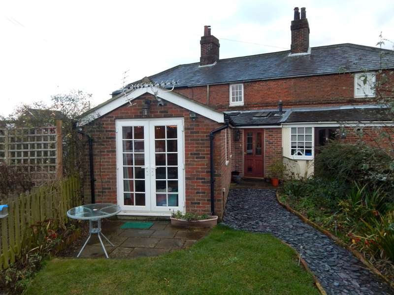 3 Bedrooms Cottage House for rent in Station Cottages, Station Road, Wymondham