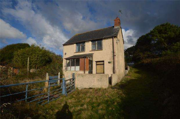 2 Bedrooms Detached House for sale in Nancegollan, Helston, Cornwall