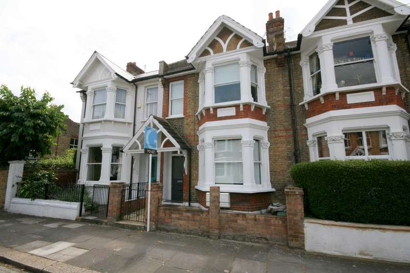 3 Bedrooms Maisonette Flat for sale in Whellock Road, Chiswick