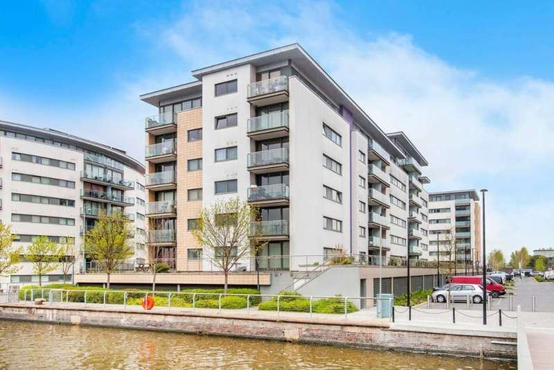 2 Bedrooms Apartment Flat for sale in Albert Basin Way, Victoria Docks