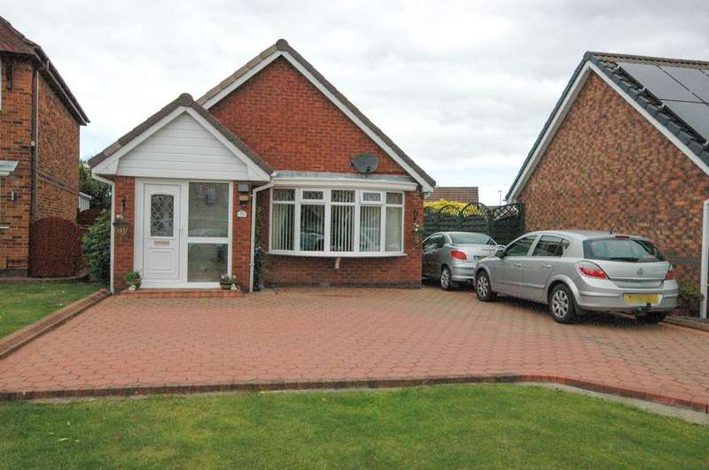 3 Bedrooms Bungalow for sale in Evesham Close, The Cotswolds