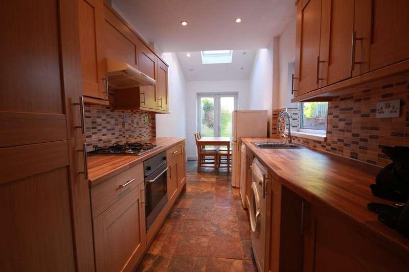 3 Bedrooms Terraced House for rent in Gordon Road, Harborne, B17