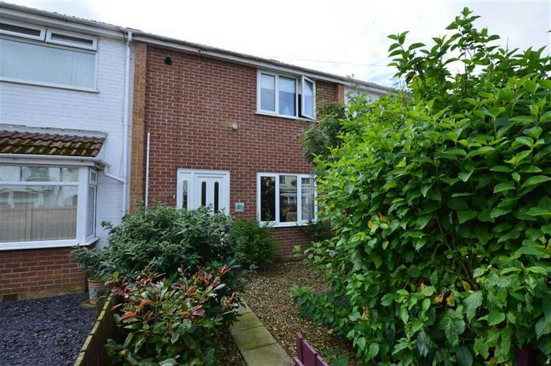 2 Bedrooms Terraced House for sale in Cliff Terrace, Hornsea, East Yorkshire