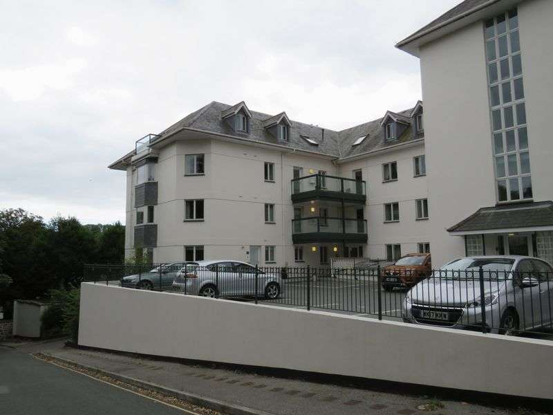 3 Bedrooms Property for sale in Agar Road, Truro