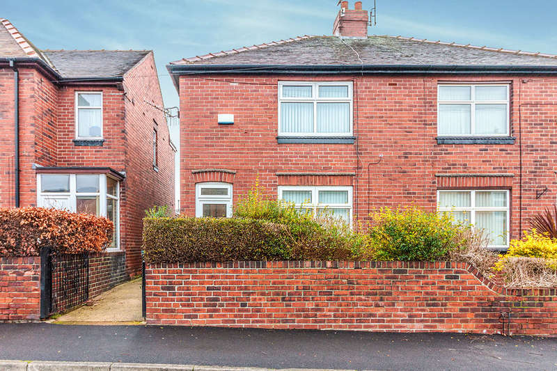 3 Bedrooms Semi Detached House for rent in Gillott Road, Sheffield, S6