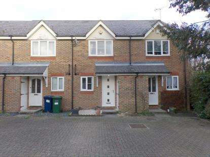 2 Bedrooms Terraced House for sale in Earl Close, Friern Barnet, London, .