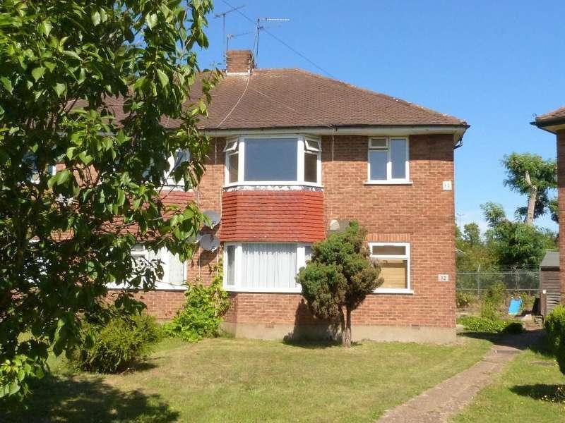 2 Bedrooms Maisonette Flat for rent in Millway Gardens, Northolt, Middx, UB5 5DX