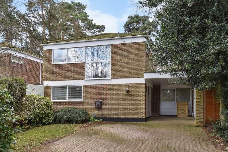 3 Bedrooms Link Detached House for sale in Bramblegate, Crowthorne, RG45