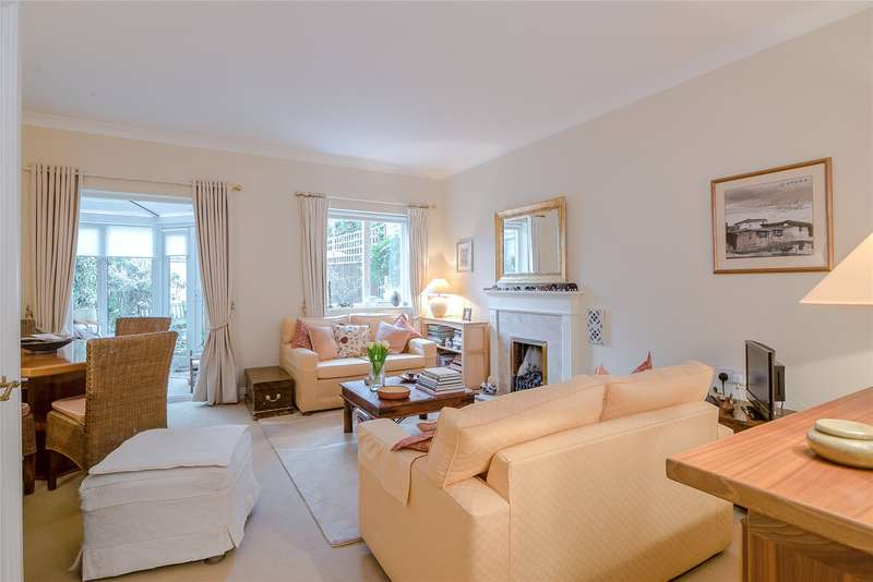 2 Bedrooms Terraced House for sale in Berisford Mews, Wandsworth, London, SW18