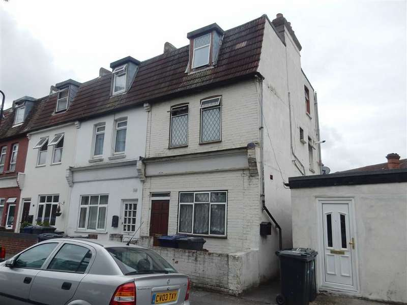 2 Bedrooms Maisonette Flat for sale in Spencer Street, Southall, Middlesex