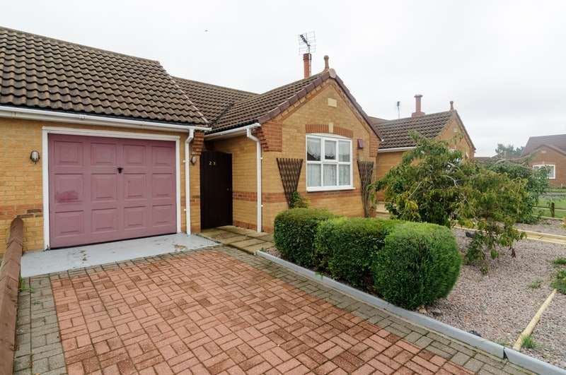 2 Bedrooms Bungalow for sale in Angelica Drive, Spalding, Lincolnshire, PE11
