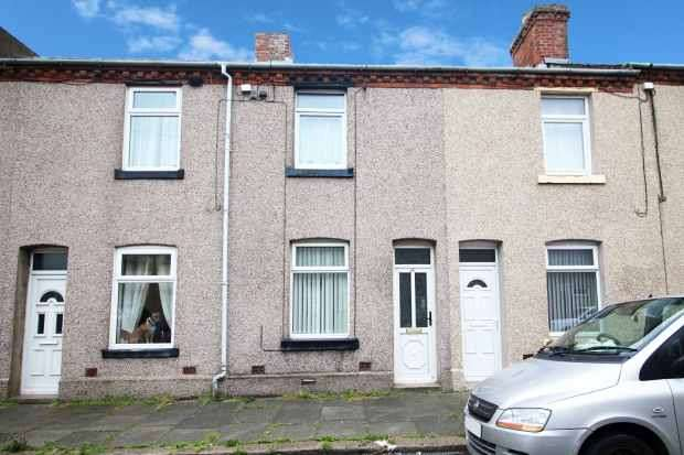 2 Bedrooms Terraced House for sale in Stewart Street, Barrow-In-Furness, Cumbria, LA14 2QB