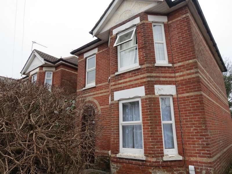 6 Bedrooms House for rent in 6 bedroom Detached House in Winton