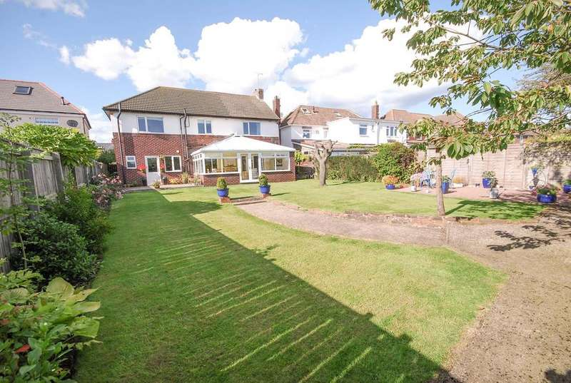 5 Bedrooms Detached House for sale in Bywell Road, Cleadon