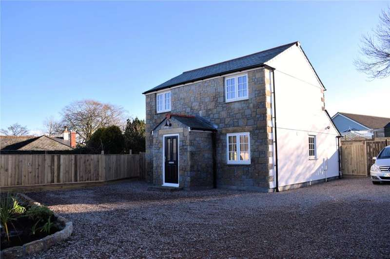 3 Bedrooms Detached House for sale in Bassett Court, Godolphin Cross, HELSTON