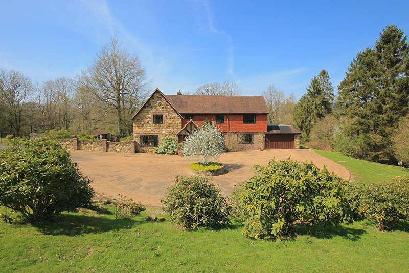 5 Bedrooms Detached House for sale in Blackham, Kent
