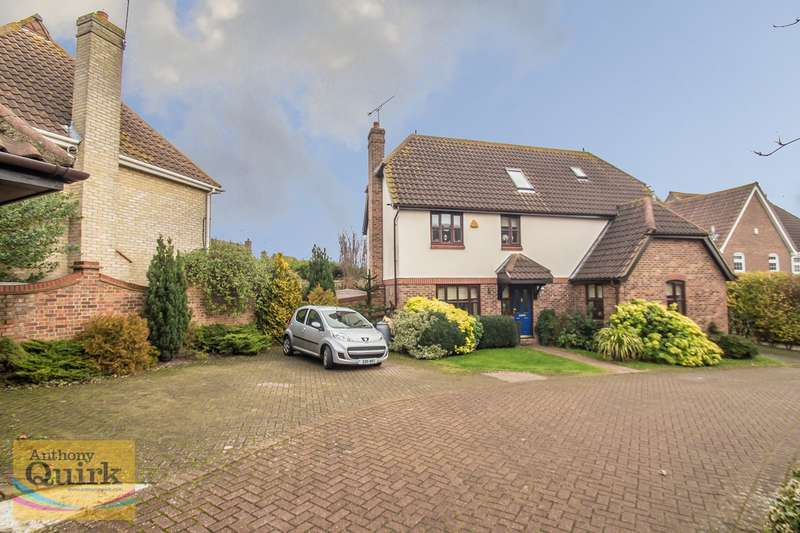 5 Bedrooms Detached House for sale in Celeborn Street, South Woodham Ferrers, Chelmsford, CM3