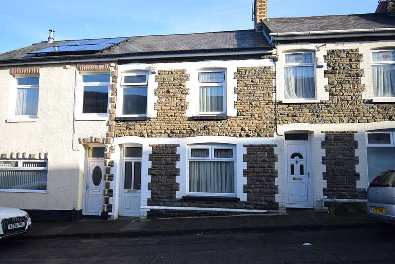3 Bedrooms Terraced House for sale in Windsor Road, Griffithstown, Pontypool, NP4