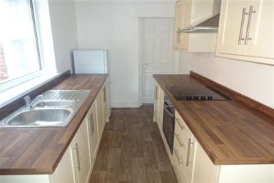 2 Bedrooms End Of Terrace House for rent in HEREFORD STREET, WALSALL,WS2