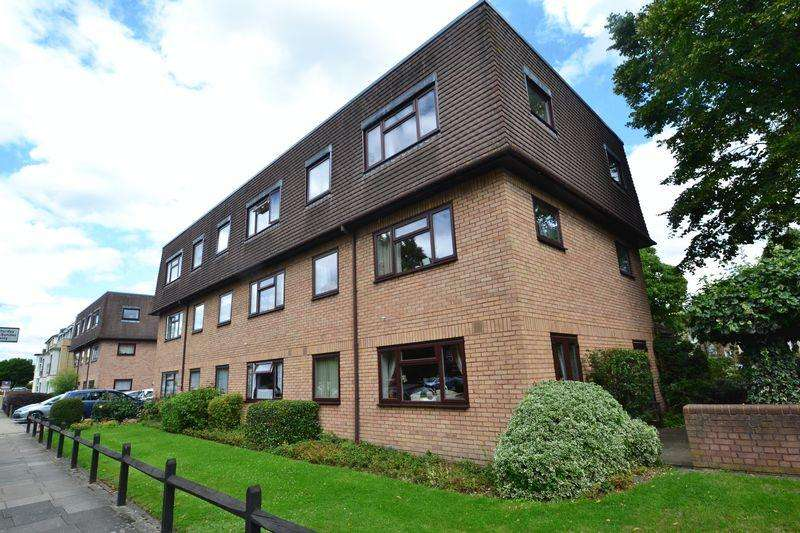 1 Bedroom Ground Flat for sale in Palace Grove, Bromley