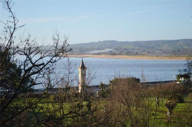 2 Bedrooms Flat for sale in 7 The Beacon, Exmouth, Devon