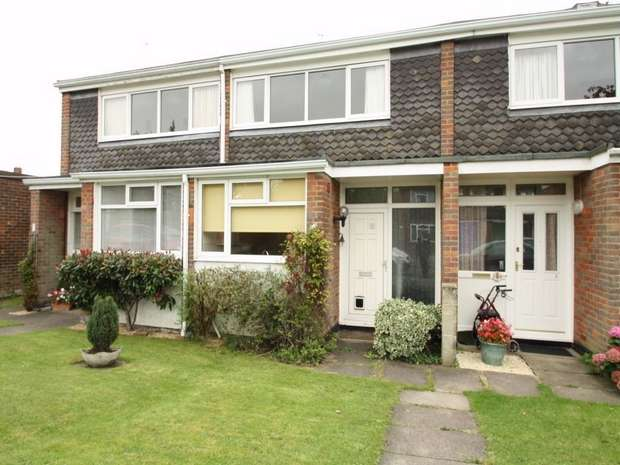 2 Bedrooms Terraced House for rent in Hildreth Road, Prestwood, Buckinghamshire