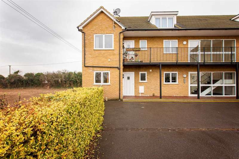 1 Bedroom Apartment Flat for rent in Henley Place, London Road, Teynham, Sittingbourne
