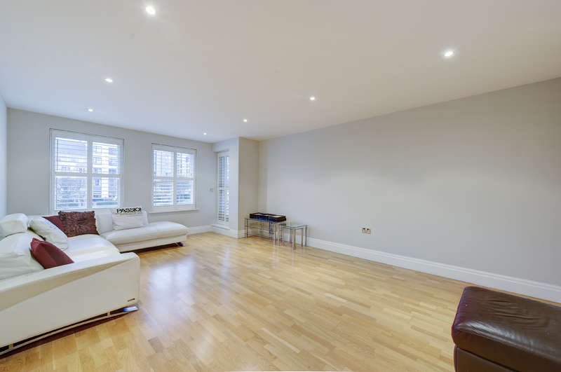 3 Bedrooms Apartment Flat for sale in Greensward House, , Imperial Crescent, Imperial Wharf, Fulham