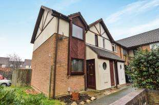 2 Bedrooms End Of Terrace House for sale in Bishops Green, Ashford, Kent, .
