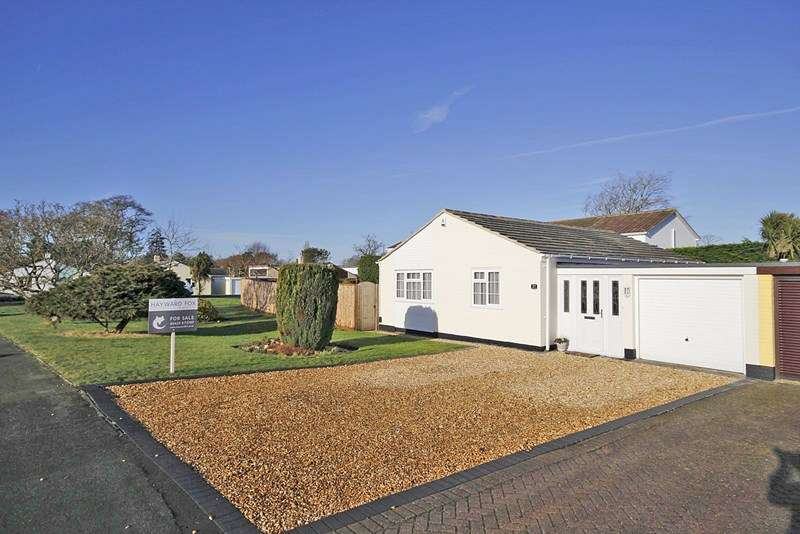 2 Bedrooms Detached Bungalow for sale in Bodowen Road, Burton, Christchurch