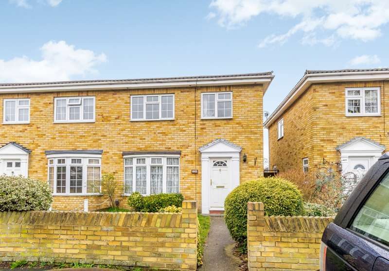 3 Bedrooms End Of Terrace House for sale in Byfleet