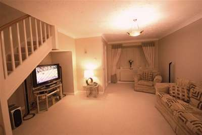 3 Bedrooms Town House for rent in Bell Close, Lichfield