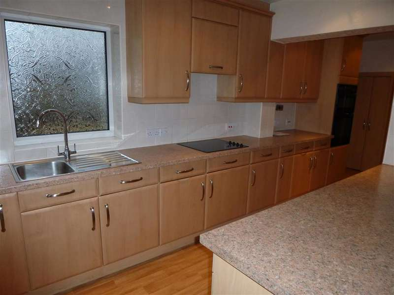 2 Bedrooms Terraced House for sale in River Way, , Loughton, Essex