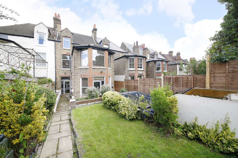 7 Bedrooms Semi Detached House for sale in Romola Road,London SE24